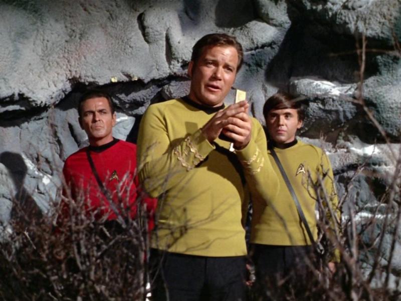 Star Trek Enterprise crew using Razr communicator